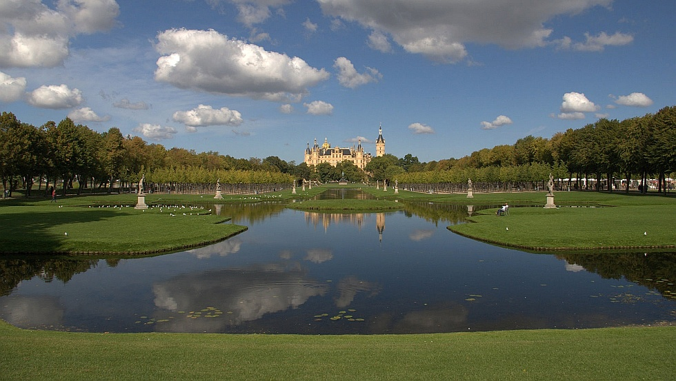 The Garden of Schwerin Castle are among the most impressive in Northern Germany © © Carsten Pescht